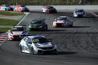 Mike Halder, Hell Energy Racing con KCMG Honda Civic Type R TCR