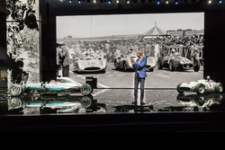 Dr. Dieter Zetsche, Chairman of the Board of Management of Daimler AG and Head of Mercedes-Benz Cars