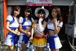 Hot Dijon Racing girls