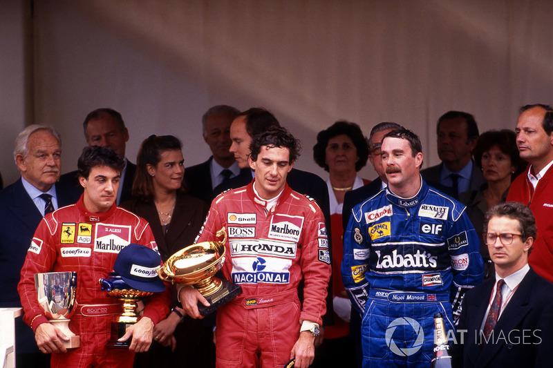 Podyum: Yarış galibi Ayrton Senna, McLaren, 2. sırad Jean Alesi, Ferrari, 3. sıra Nigel Mansell, Wil