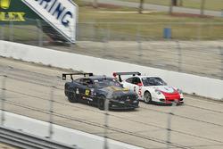 #07 TA4 Ford Mustang, Brian Kleeman, DWW Motorsports, #5 TA3 Porsche 997, Milton Grant