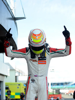 1. Callum Ilott, Prema Powerteam, Dallara F317 - Mercedes-Benz