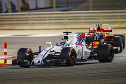 Felipe Massa, Williams FW40, Kimi Raikkonen, Ferrari SF70H