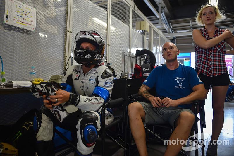 #32 Team Rabid Transit Yamaha: Sheridan Morais, Bjorn Estment, Brandon Cretu