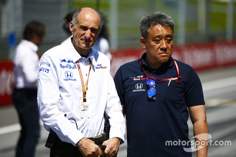 Керівник Toro Rosso Франц Тост, генеральний директор Honda Motorsport Масасі Ямамото