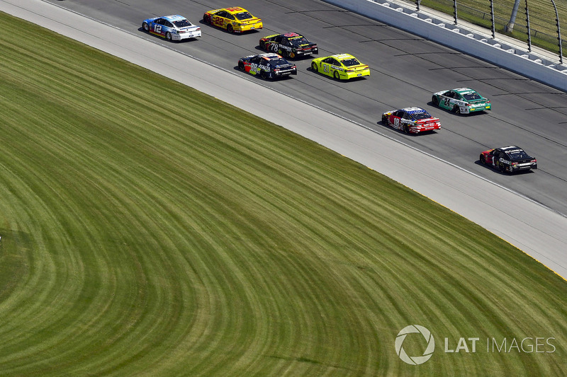 Ryan Blaney, Team Penske, Ford Fusion PPG e Joey Logano, Team Penske, Ford Fusion Shell Pennzoil