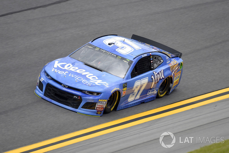 Chris Buescher, JTG Daugherty Racing, Chevrolet Camaro Kleenex Wet Wipes