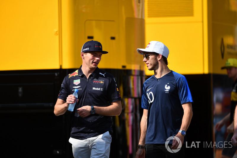 Max Verstappen, Red Bull Racing et Pierre Gasly, Scuderia Toro Rosso