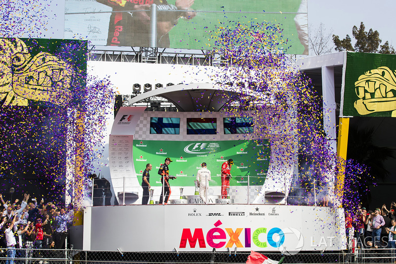 Podium: race winner Max Verstappen, Red Bull Racing, second place Valtteri Bottas, Mercedes AMG F1,