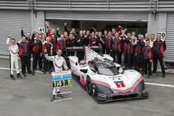 Porsche Team members group photo