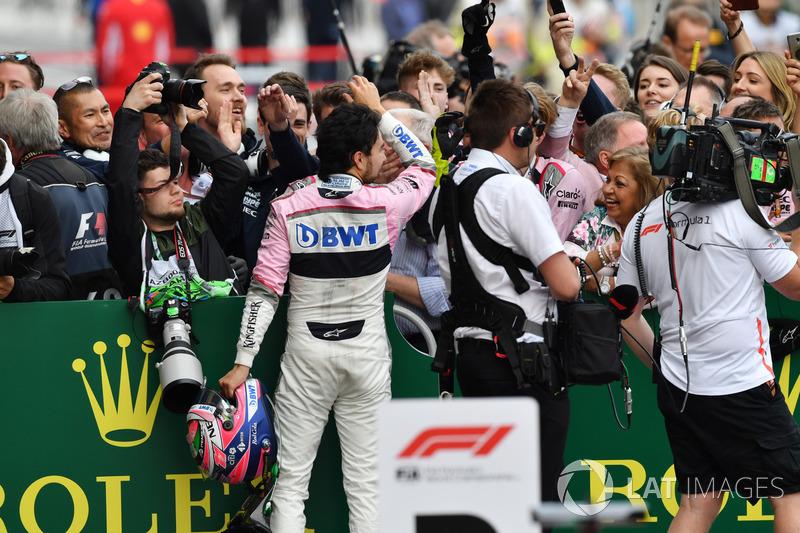 Sergio Perez, Force India rayakan podium ketiga
