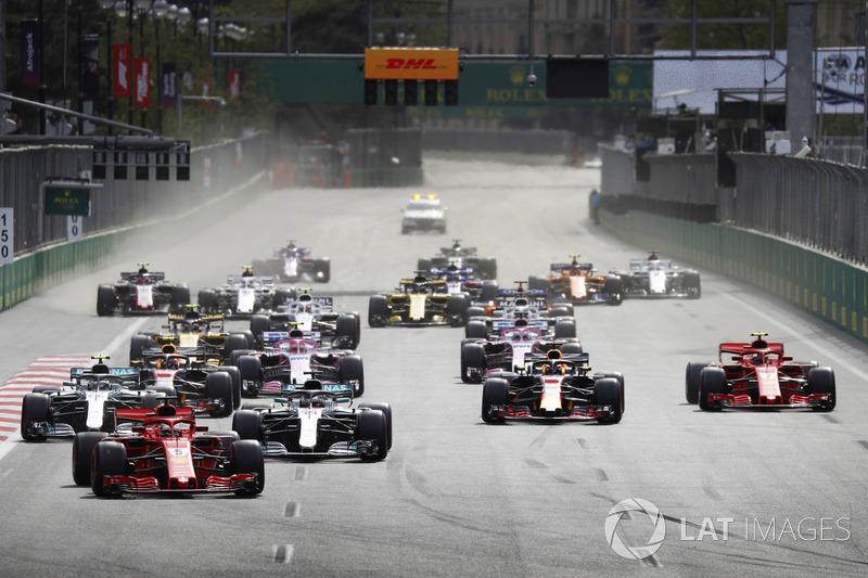 Sebastian Vettel, Ferrari SF71H, el inicio de la carrera