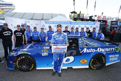 Pole Position für Martin Truex Jr., Furniture Row Racing
