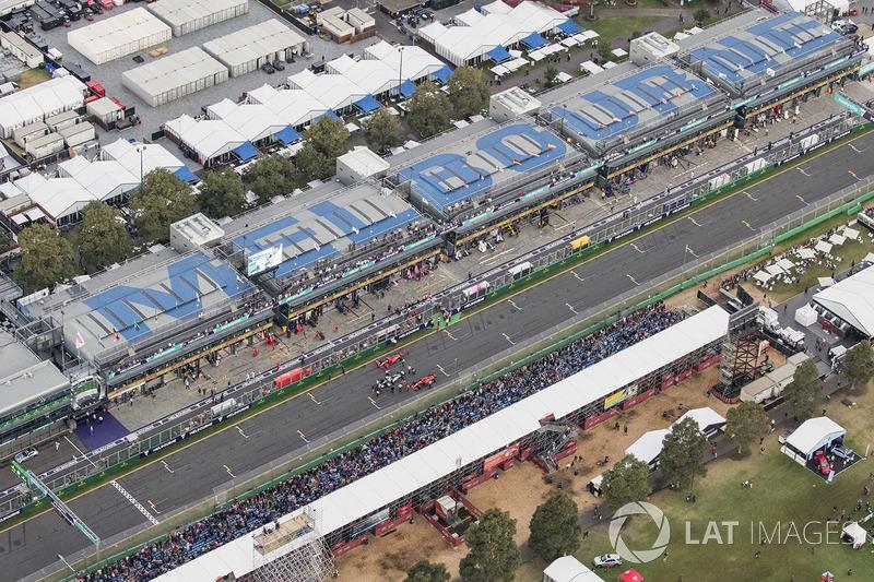 Top three qualifiers Lewis Hamilton, Mercedes AMG F1 W09, Sebastian Vettel, Ferrari SF71H, and Kimi