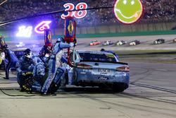 Kevin Harvick, Stewart-Haas Racing Ford Fusion Pit Stop
