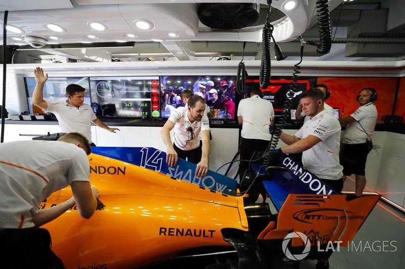 Car of Fernando Alonso, McLaren MCL33