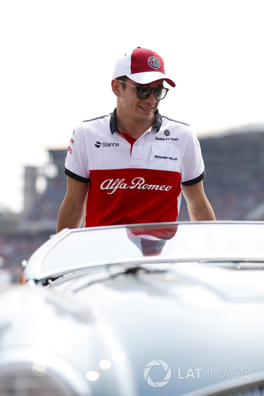 Charles Leclerc, Sauber, in the drivers parade