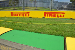 Pirelli signage and kerb
