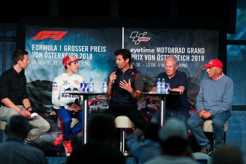 Marc Marquez, con l'ex pilota di Formula 1 Mark Webber, e l'ex Campione del Mondo Niki Lauda
