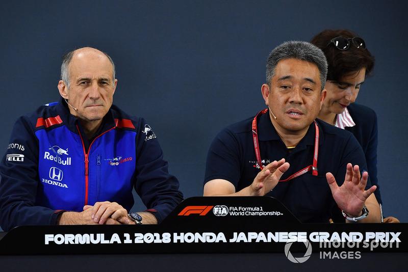 Franz Tost, directeur de Toro Rosso et Toyoharu Tanabe, directeur technique F1 de Honda, lors de la conférence de presse