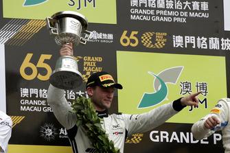Podio: #888 Mercedes-AMG Team GruppeM Racing Mercedes - AMG GT3: Maro Engel