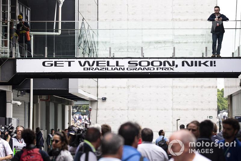 Пожелание скорейшего выздоровления Ники Лауде