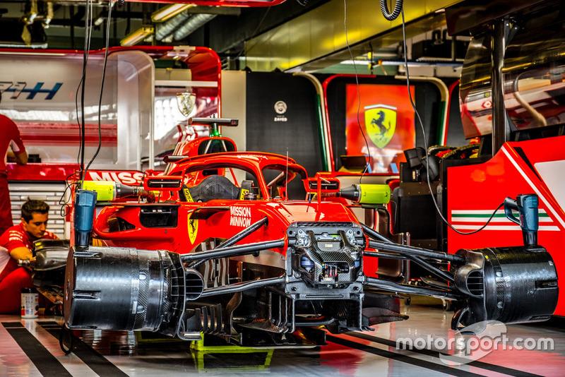 Ferrari SF71H in garage