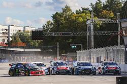 Petter Solberg, PSRX Citroën DS3 RX, Mattias Ekström, EKS RX Audi S1, Andreas Bakkerud, Hoonigan Racing Division Ford, Timmy Hansen, Team Peugeot Hansen, Sébastien Loeb, Team Peugeot Hansen
