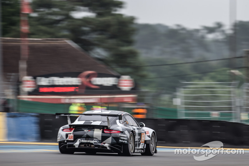 #88 Abu Dhabi Proton Competition Porsche 911 RSR: Халед Аль-Кубайсі, Патрік Лонг, Девід Хайнемаєр Ханссон
