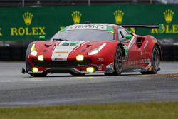 #63 Scuderia Corsa, Ferrari 488 GT3: Christina Nielsen, Alessandro Balzan, Sam Bird, Matteo Cressoni