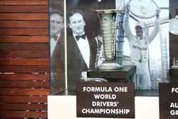 El trofeo del campeonato del mundo de pilotos