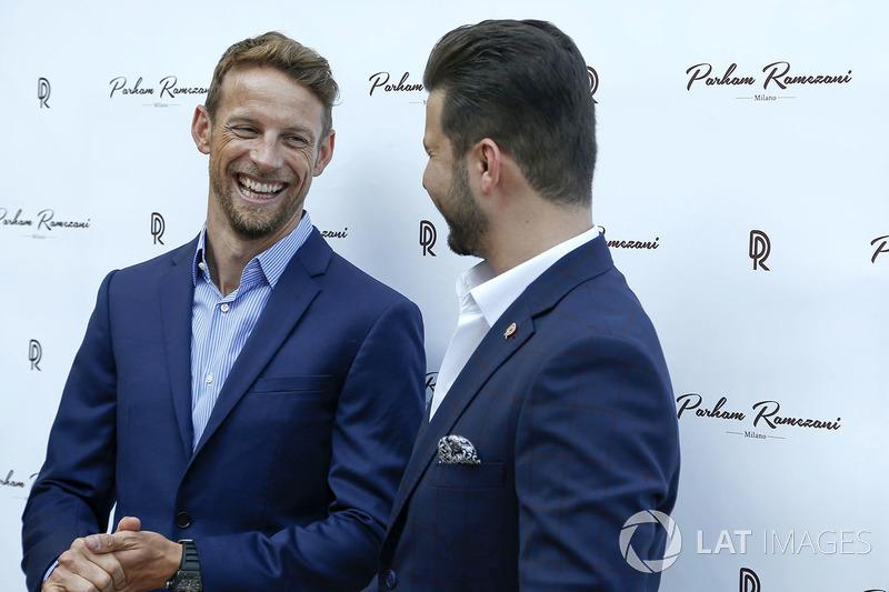 Гонщик McLaren Дженсон Баттон и ювелир Пархам Рамезани