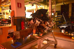 Двигун V10 для Lamborghini Huracan на виробничій лінії