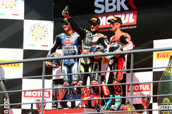 Podium: Race winner Jonathan Rea, Kawasaki Racing, second place Michael van der Mark, Pata Yamaha, third place Marco Melandri, Ducati Team