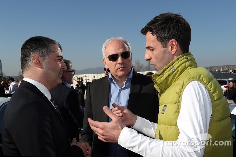 Davit Kajaia, GE-Force con visitantes