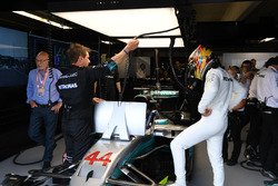 Sir Patrick Stewart, et Lewis Hamilton, Mercedes-Benz F1 W08
