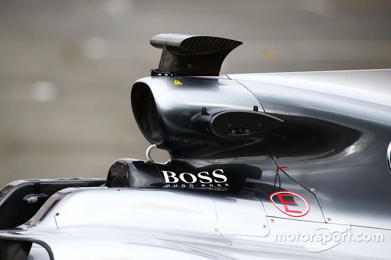 Mercedes AMG F1 W08: Airbox