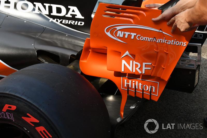 McLaren MCL32 arka kanat detay