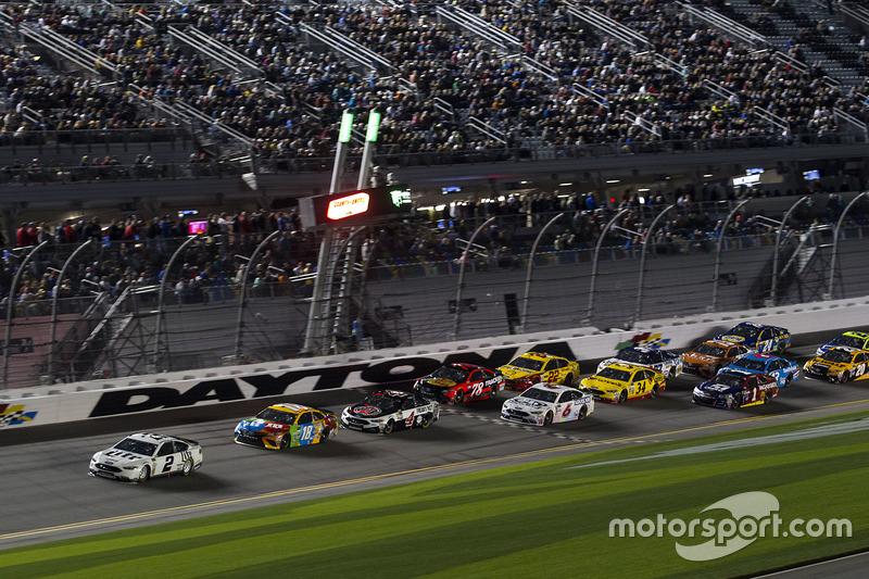 Brad Keselowski, Team Penske, Ford, führt