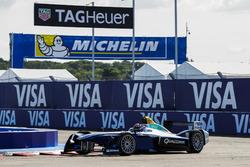 James Rossiter pilote la Formule E de démonstration