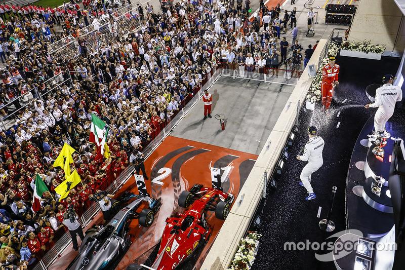 10. Podium: race winner Sebastian Vettel, Ferrari, second place Lewis Hamilton, Mercedes AMG F1, third place Valtteri Bottas, Mercedes AMG F1