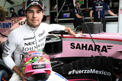 Sergio Perez, Sahara Force India, #FuerzaMexico hashtag in support of the Mexico earthquake victims