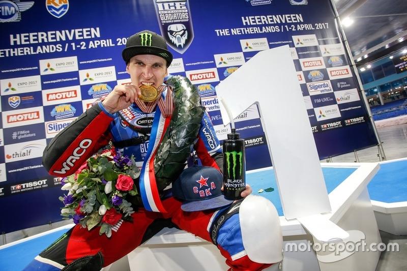 Дмитрий Колтаков – новый чемпион мира по ледовому спидвею!