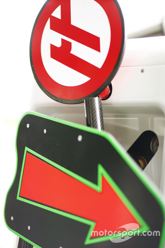Pit lane signs for Haas F1 Team