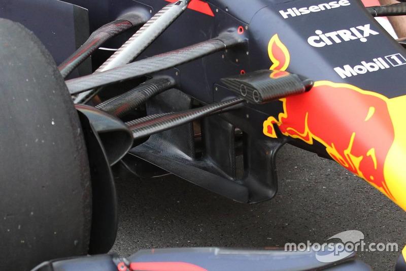 Red Bull RB13: Winglets