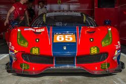 #65 Scuderia Corsa, Ferrari 488 GTE: Christina Nielsen, Alessandro Balzan, Bret Curtis