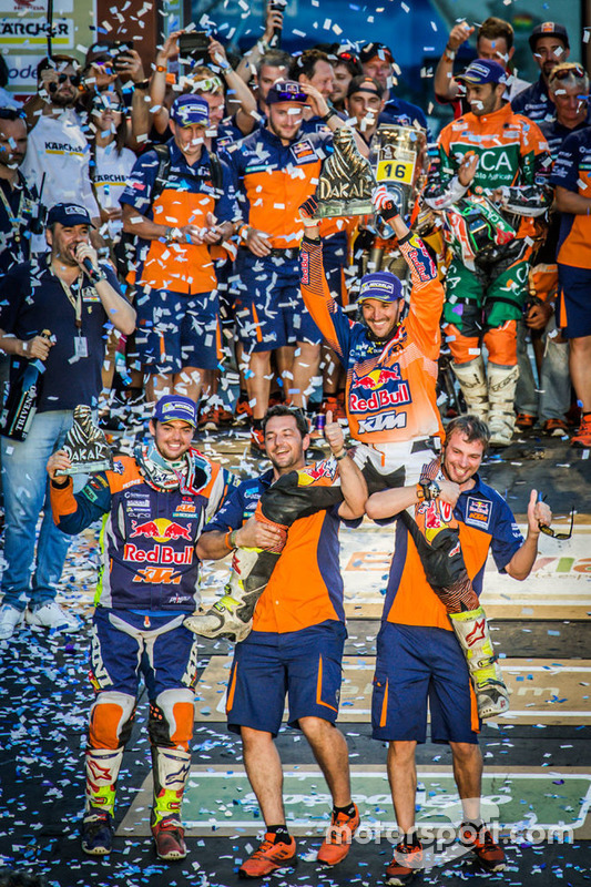Winner #14 Red Bull KTM Factory Racing: Sam Sunderland and #16 Red Bull KTM Factory Racing: Matthias