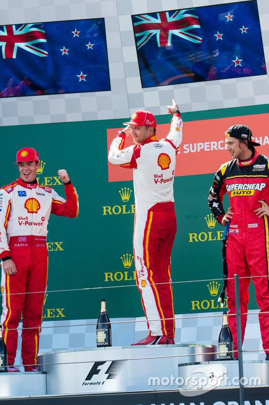 Scott McLaughlin, Team Penske, Ford; Fabian Coulthard, Team Penske, Ford; Chaz Mostert, Rod Nash Racing, Ford