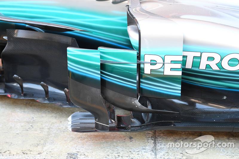Mercedes-Benz F1 W08  sidepod detail