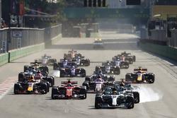 Lewis Hamilton, Mercedes AMG F1 W08, Valtteri Bottas, Mercedes AMG F1 W08, Sebastian Vettel, Ferrari SF70H, Kimi Raikkonen, Ferrari SF70H, Max Verstappen, Red Bull Racing RB14